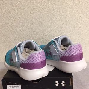 Under Armour Shoes - UNDER ARMOUR G INF SURGE RN (6K) GIRLS SHOES